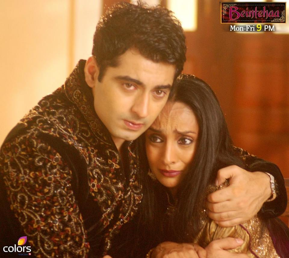 Harshad Arora - Gallery-With Co-Stars, Pictures, images